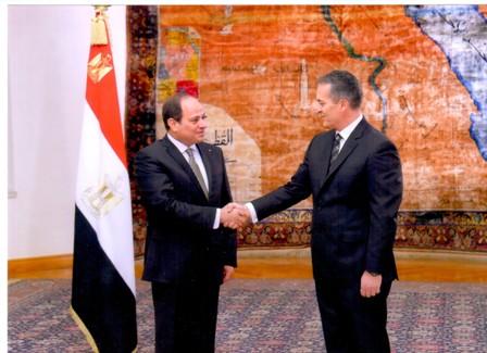 Egyptian coach arab no money, no problem